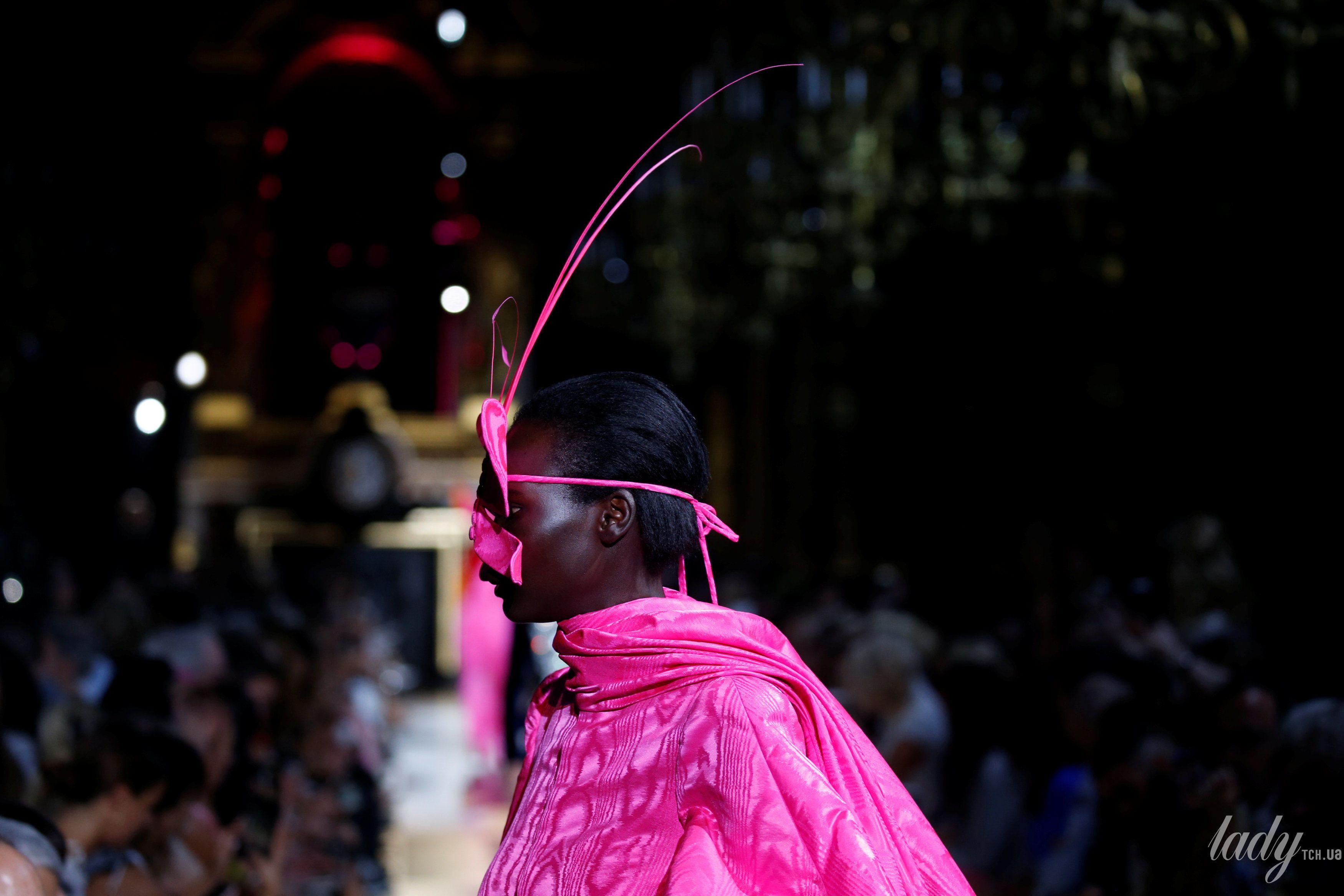 Коллекция Schiaparelli Haute Couture осень-зима 2018-2019_10
