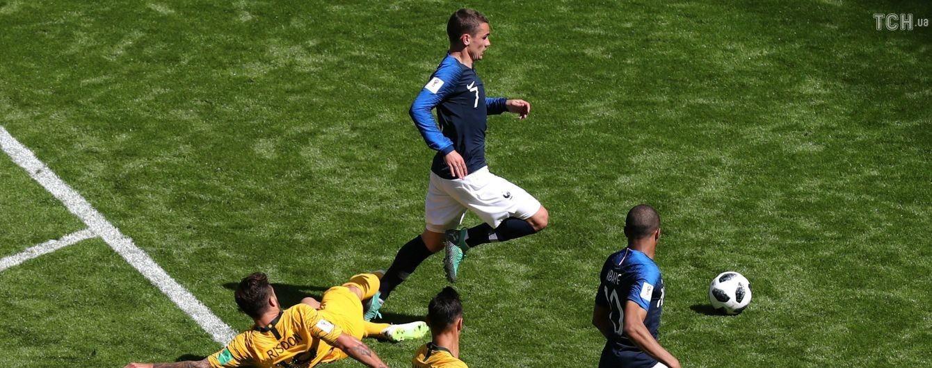 Франция забила в ворота Австралии после просмотра главным арбитром видеоповтора