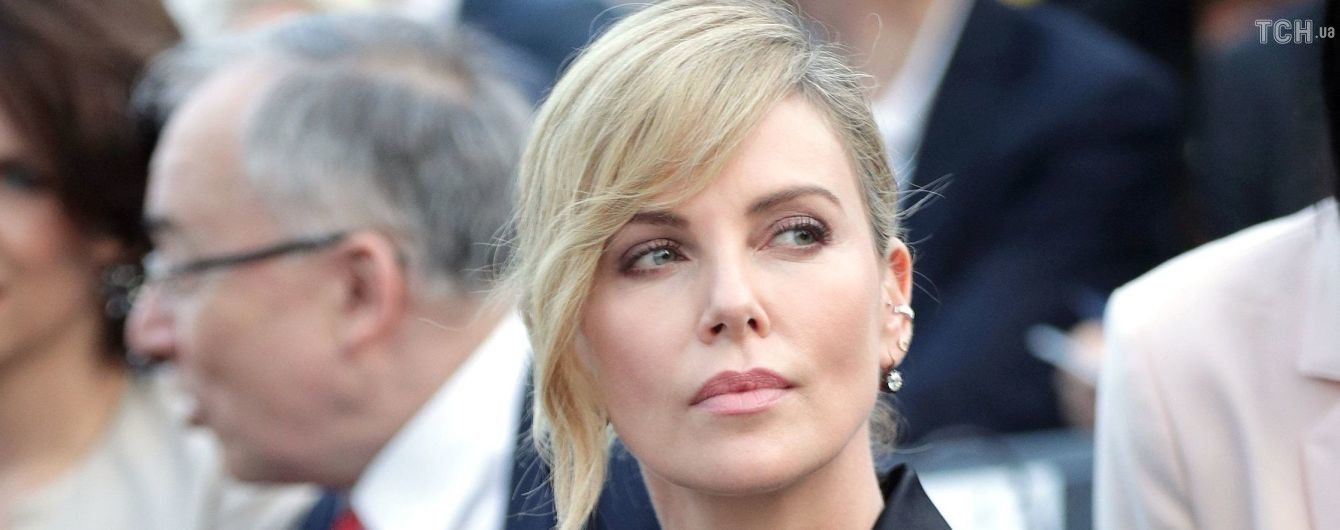 """Шарліз Терон відновила роман з зіркою """"Великої маленької брехні"""" після шестирічної перерви - ЗМІ"""