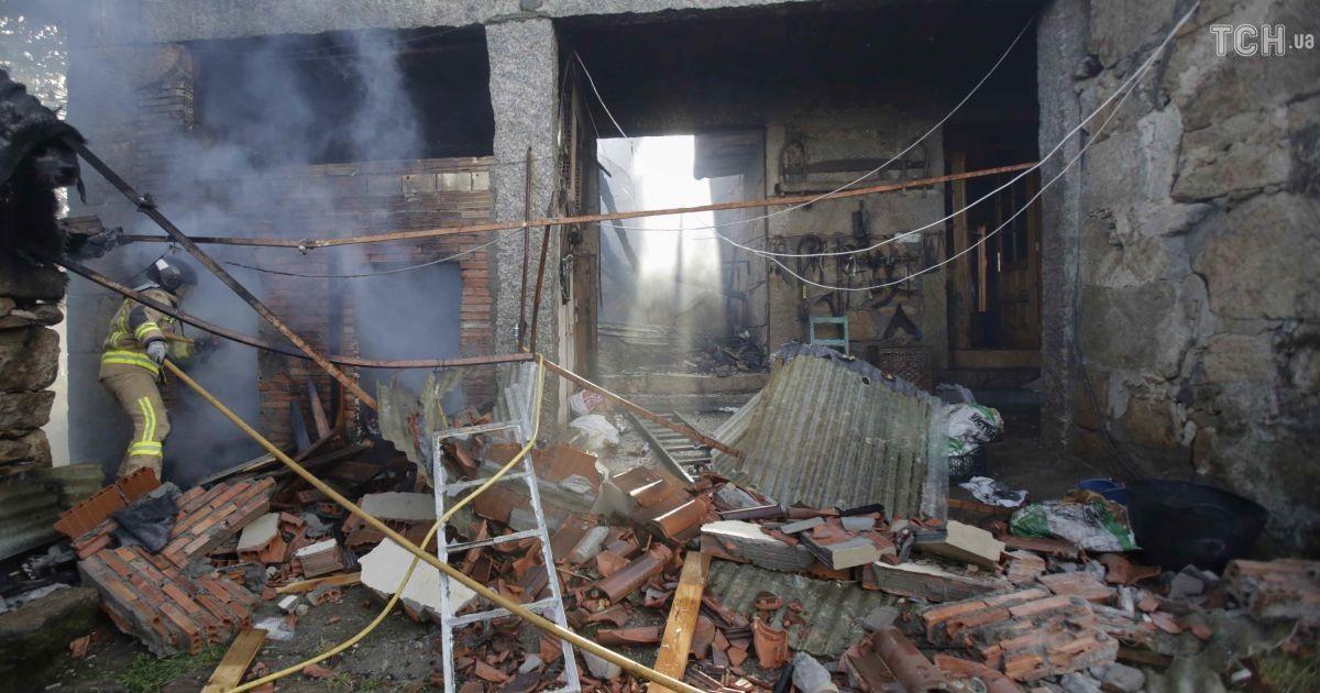 В Испании в результате взрыва на пиротехническом складе были повреждены дома вокруг, есть жертвы