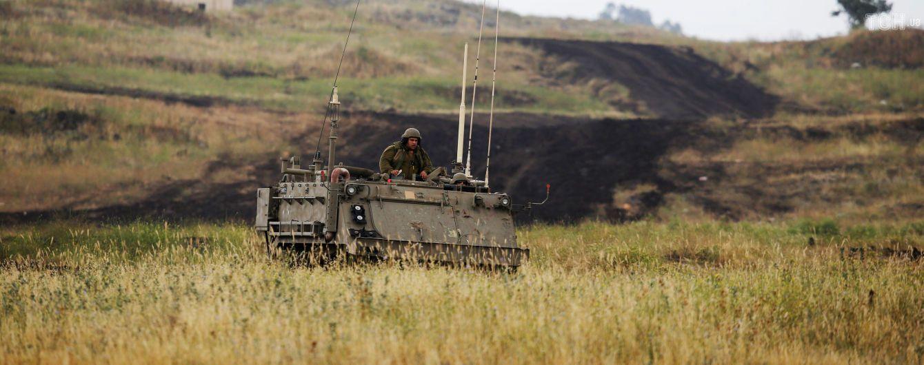 Израиль в ответ на обстрел Голанских высот нанес ракетный удар по Сирии