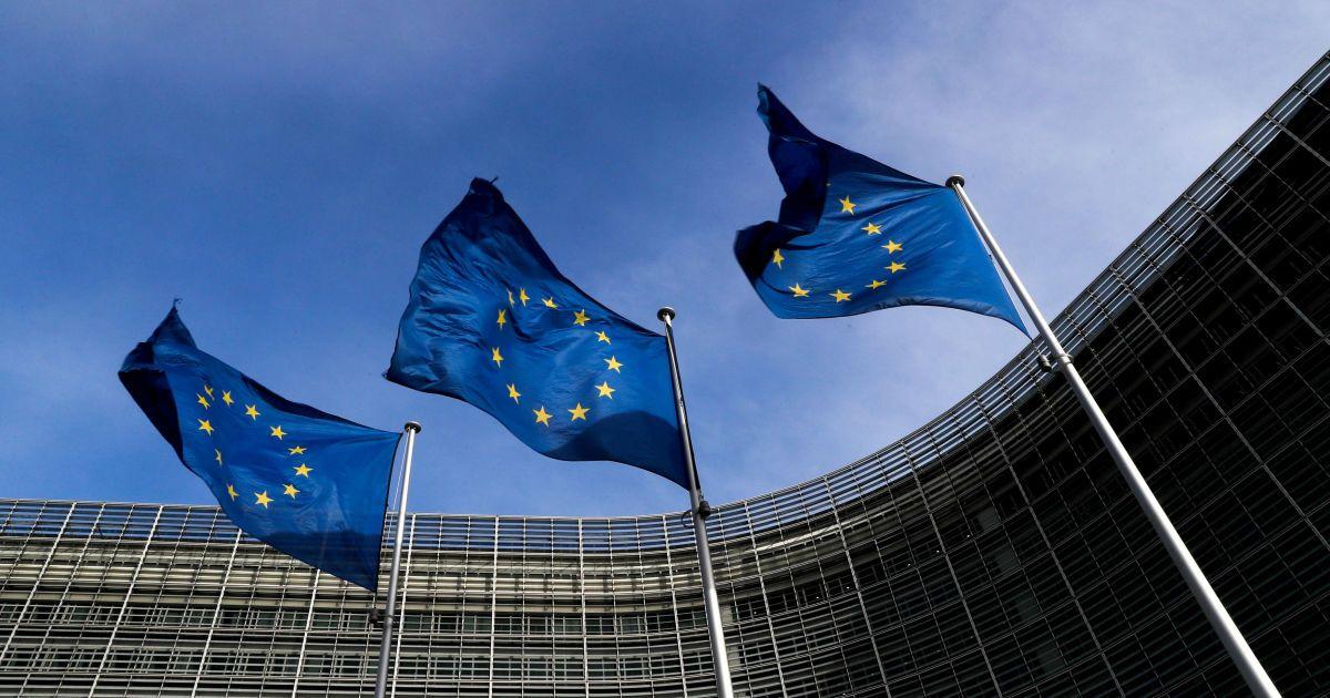 ЕС вводит контрмеры на пошлины США на сталь и алюминий