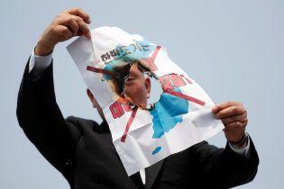 Південна Корея зупиняє пропаганду для жителів КНДР