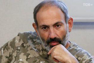 Лідер масових протестів у Вірменії став єдиним кандидатом у прем'єри країни