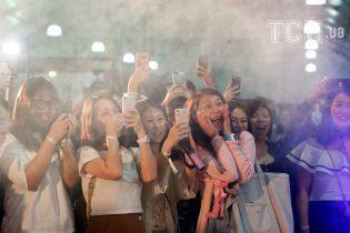 Малюнки пенісом, БДСМ-шоу і скажені стриптизери: у Гонконзі стартував фестиваль дорослого кіно