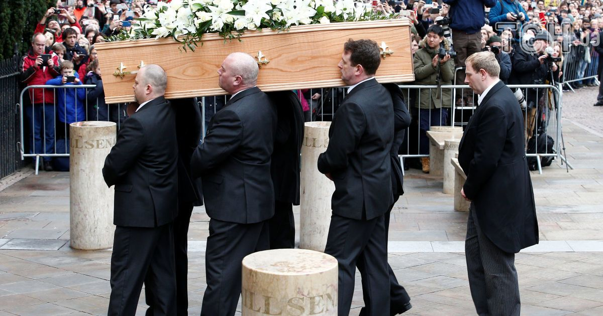 похороны, Кембридж, Гокінг