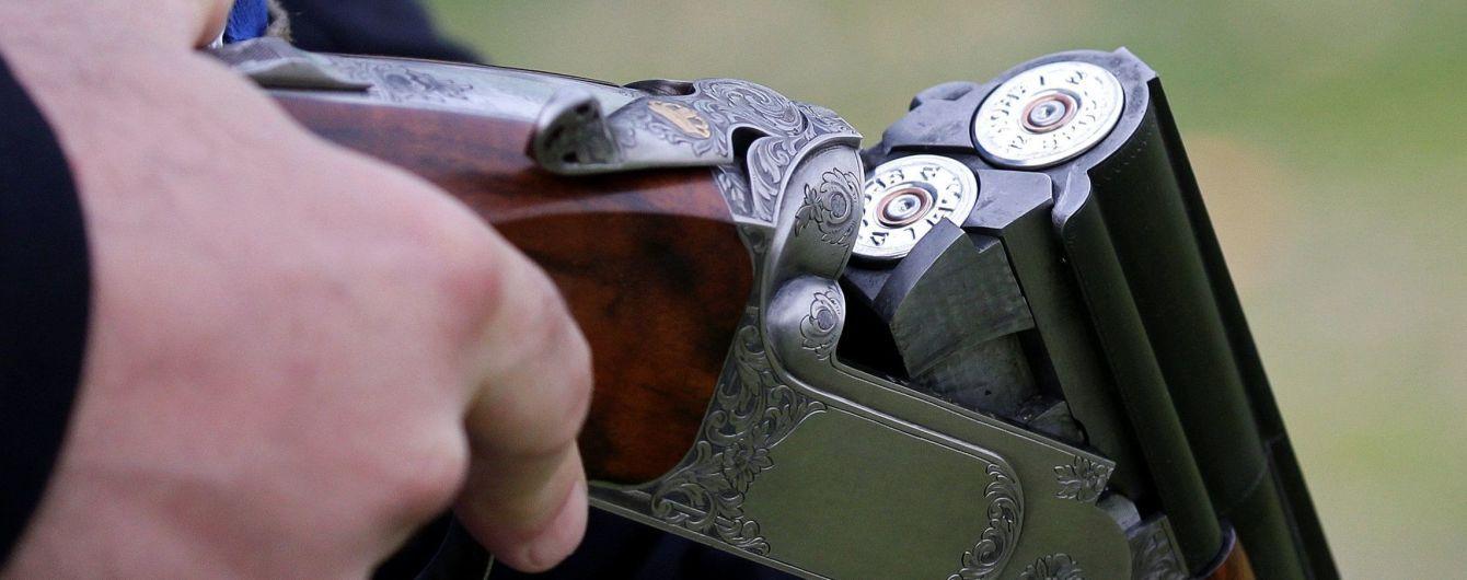 В Одессе 14 парней обстреляли игровое заведение