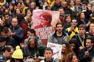 Неспособный к бегству: суд отказал прокуратуре выдавать Пучдемона Испании