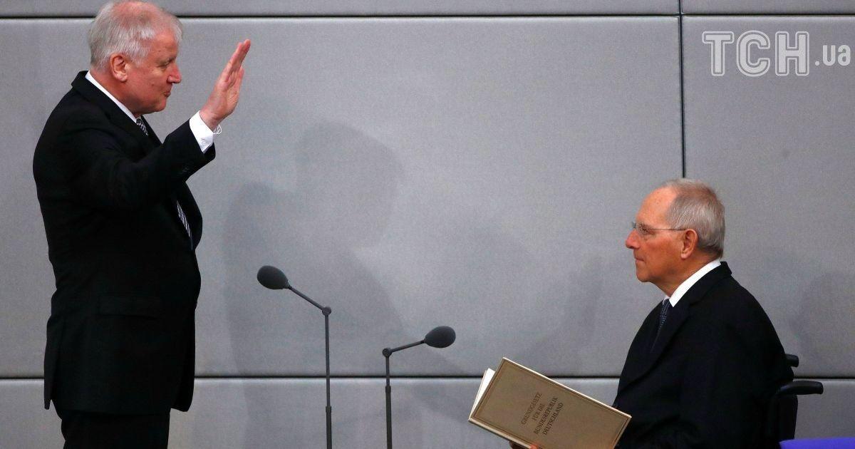 Новий голова МВС Німеччини спричинив великий скандал висловлюваннями про іслам
