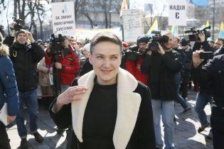 Надію Савченко намагалися фізично знищити - сестра