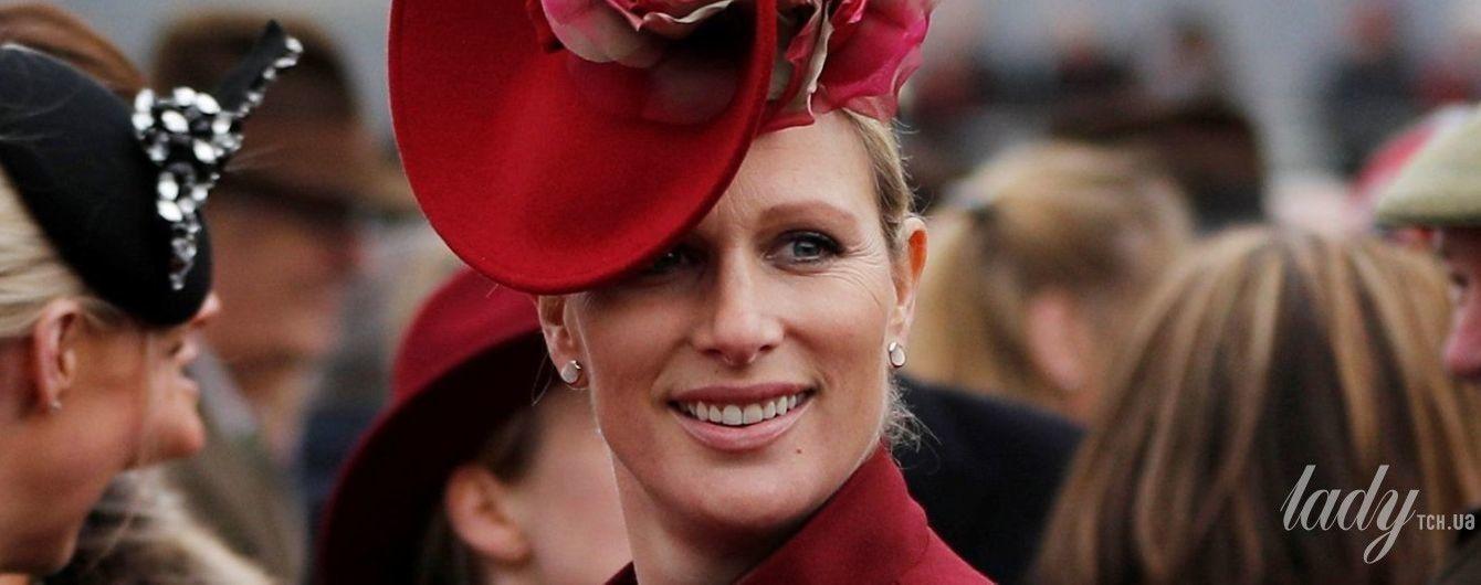 В яркой шляпе и снова на каблуках: новый выход беременной Зары Тиндолл