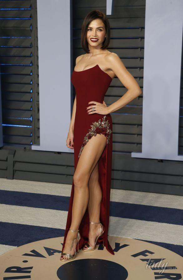 Откровенные образы звезд на Vanity Fair Oscar Party_3