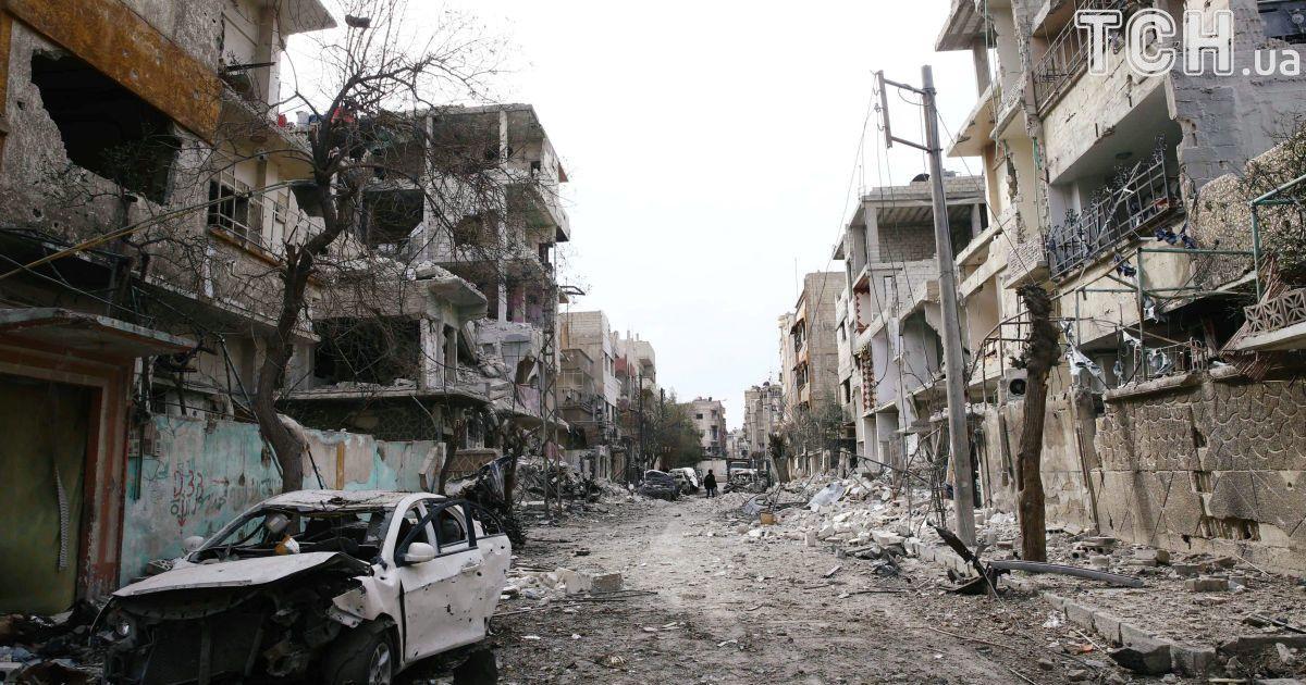 """Путин объявил """"гуманитарную паузу"""" в Восточной Гуте, которую при поддержке России бомбят войска Асада"""
