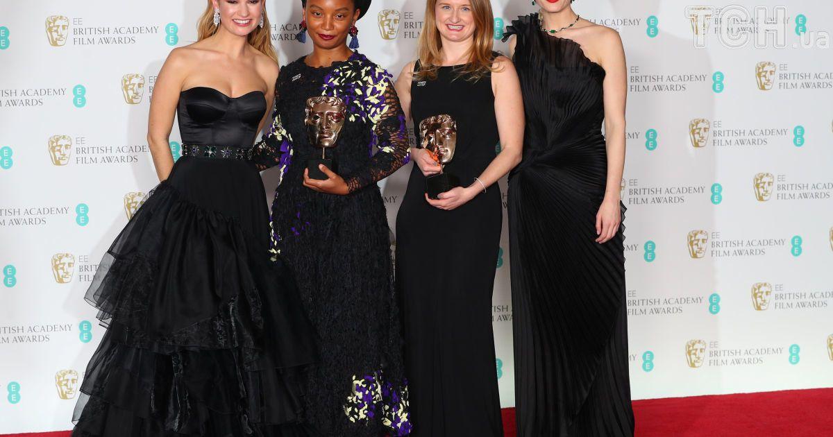 Рунгано Нионе, Эмили Морган, Лили Джеймс и Джемма Артертон @ Reuters