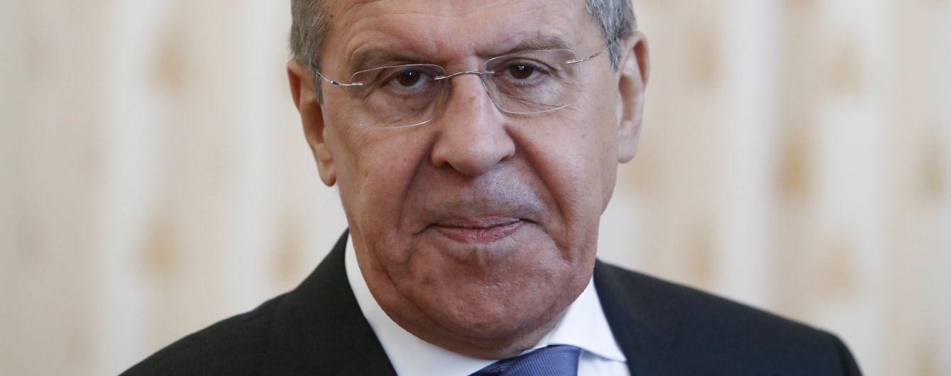 Лавров обурений через заборону в'їзду артистів РФ до України після вигнання відомого актора за критику Путіна