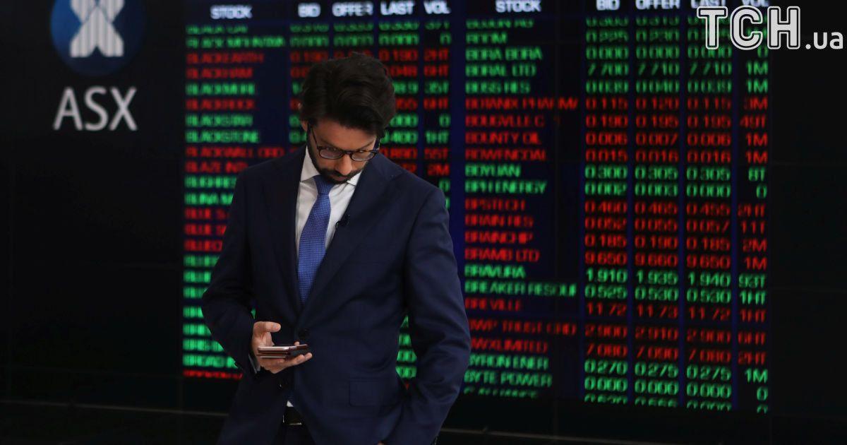 Из-за обвала фондовых рынков самые богатые люди мира потеряли 114 миллиардов долларов