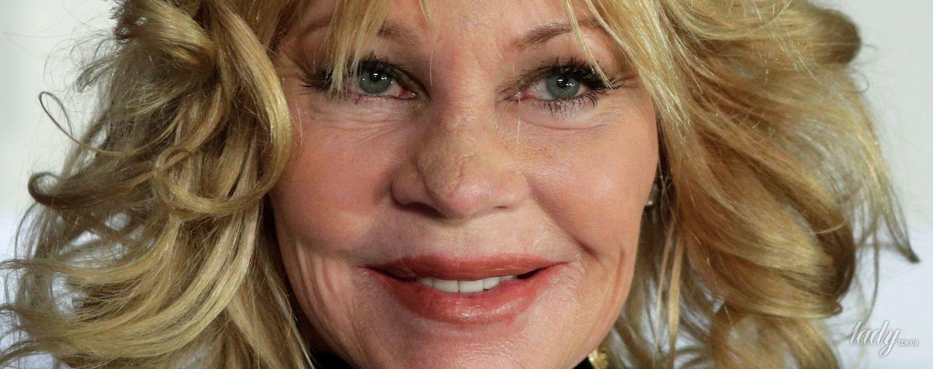 60-летняя Мелани Гриффит перестала скрывать последствия операции на носу