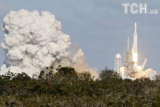 Стало відомо, коли може відбутися перший пілотований політ SpaceX до МКС