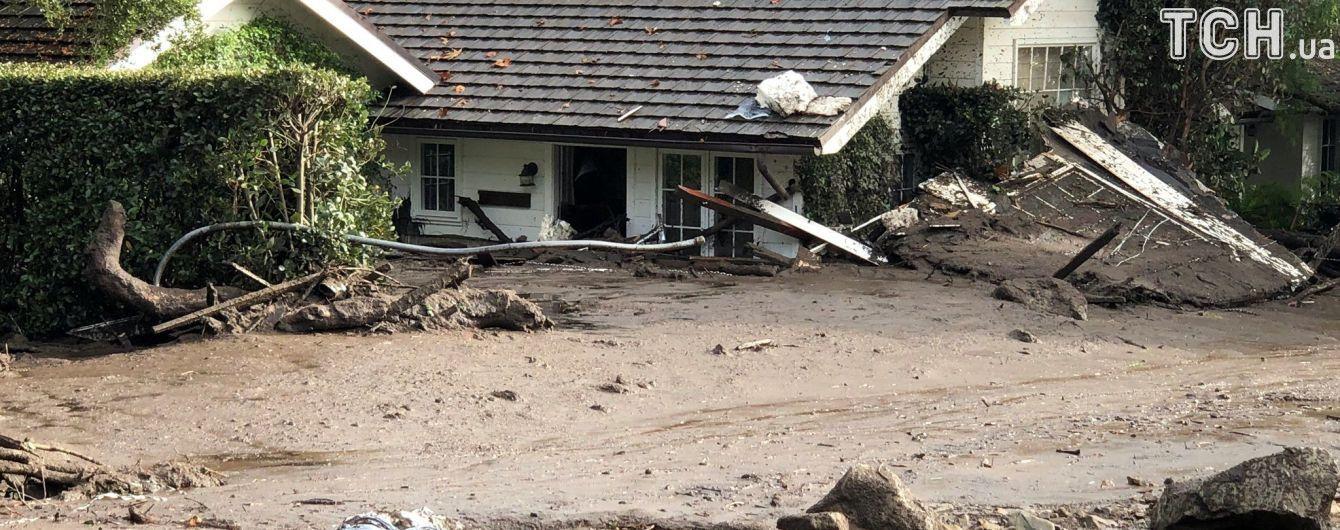 У Каліфорнії зросла кількість жертв повеней і зсувів