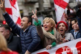 В Грузии оппозиция объявила бессрочные акции протеста
