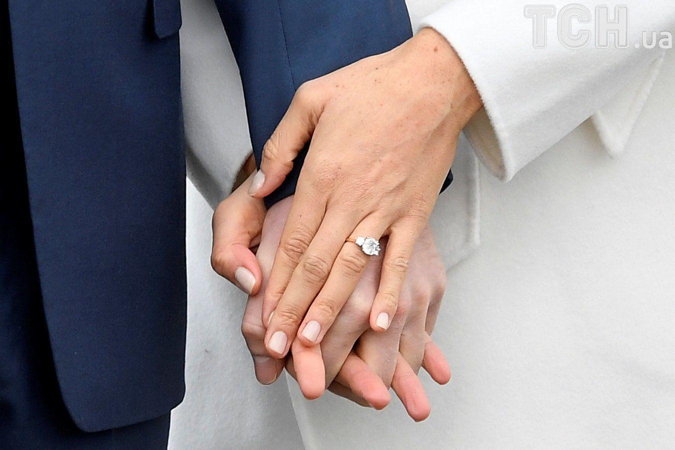 Принц Гаррі та Меган Маркл заручені_3