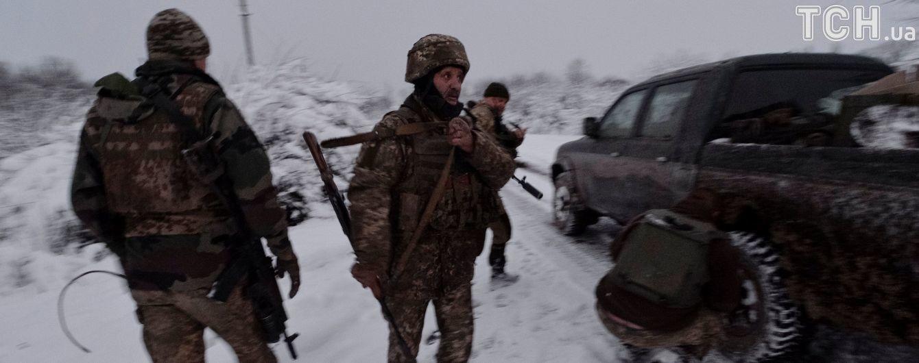 В течение дня боевики пять раз обстреляли украинских военных. Никто не пострадал