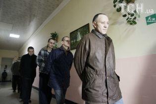 МинВОТ начало выплачивать помощь освобожденным из плена ОРДЛО украинцам