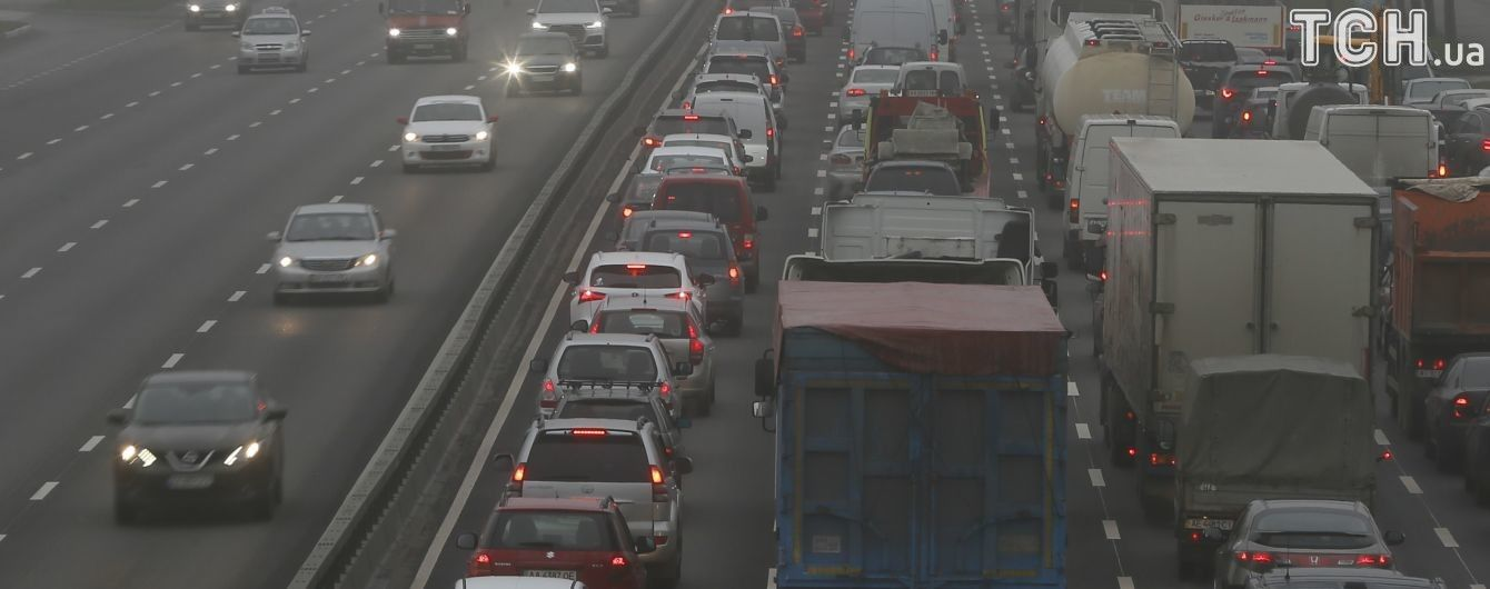 """В """"Киевавтодоре"""" показали карту всех отремонтированных дорог"""
