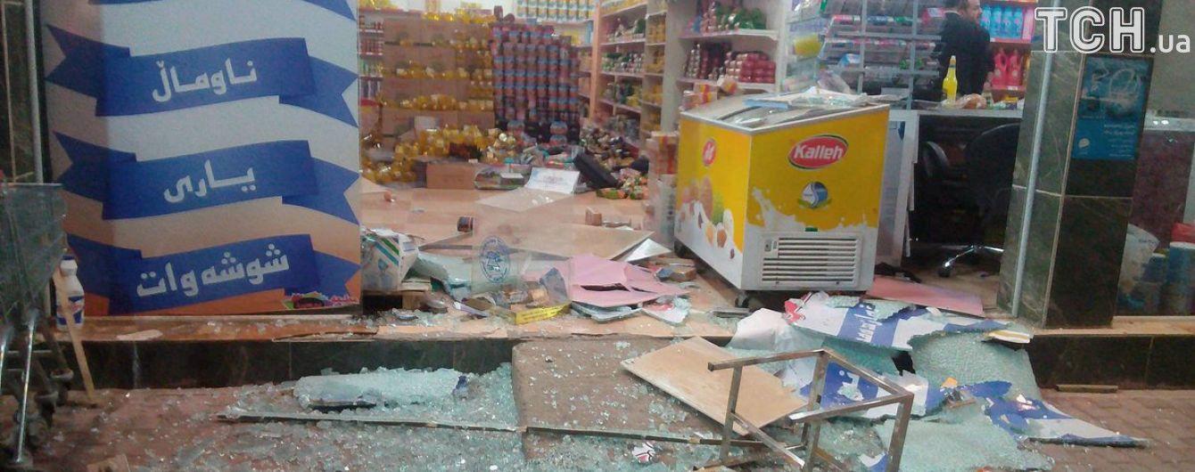 Жертвами землетрясения в Иране стали сто человек