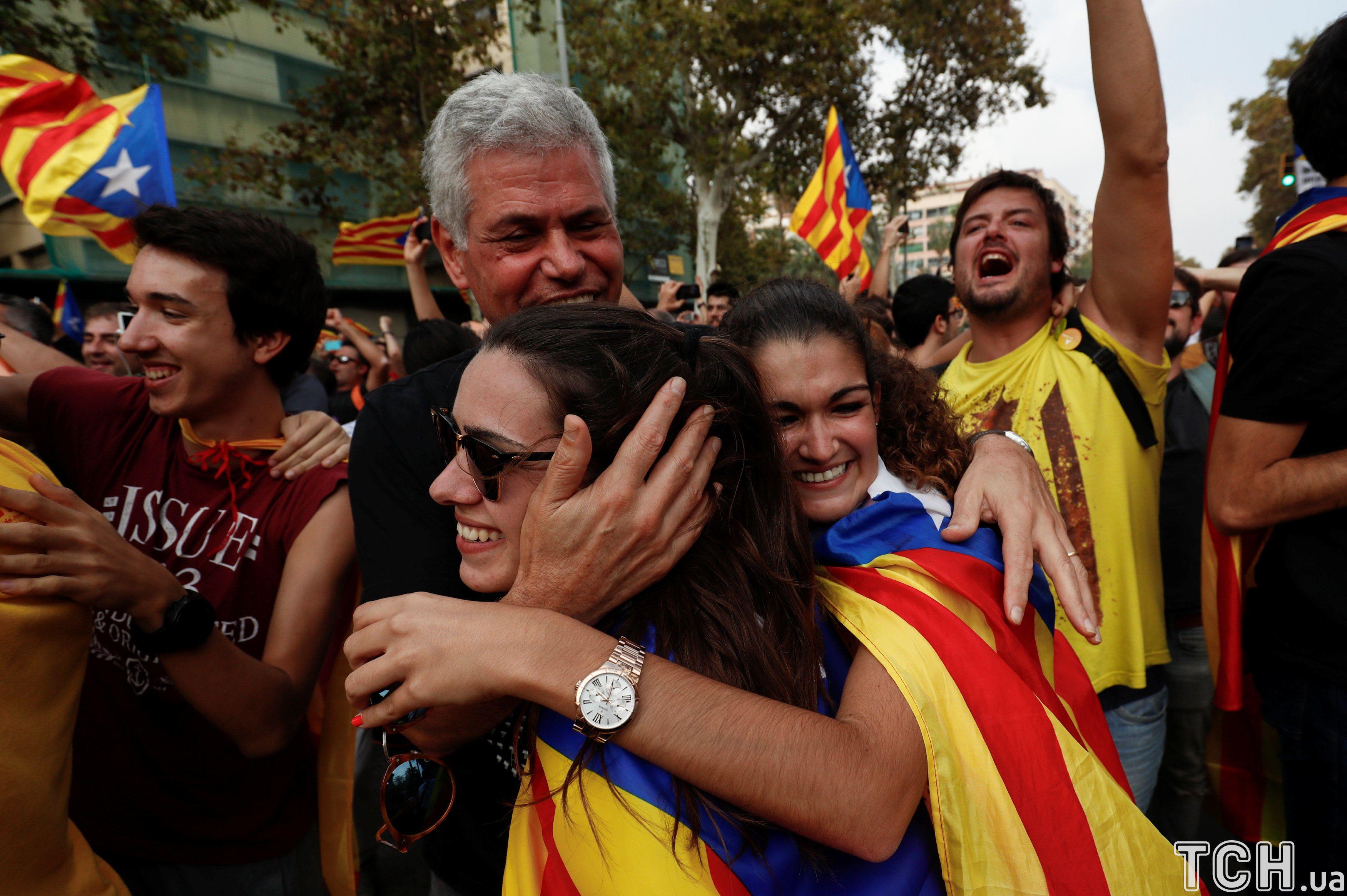 Оголошення незалежності Каталонії регіональним парламентом _16