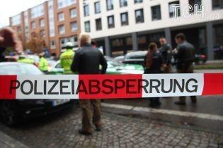 В Германии автомобиль протаранил толпу