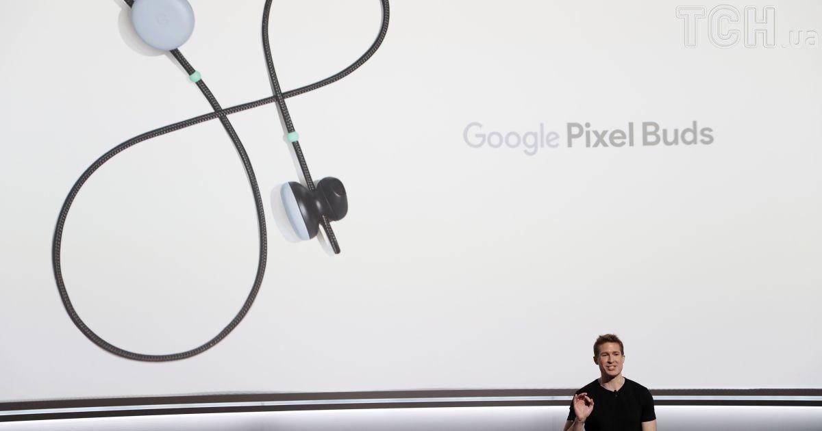 Беспроводные наушники Google Pixel Buds.