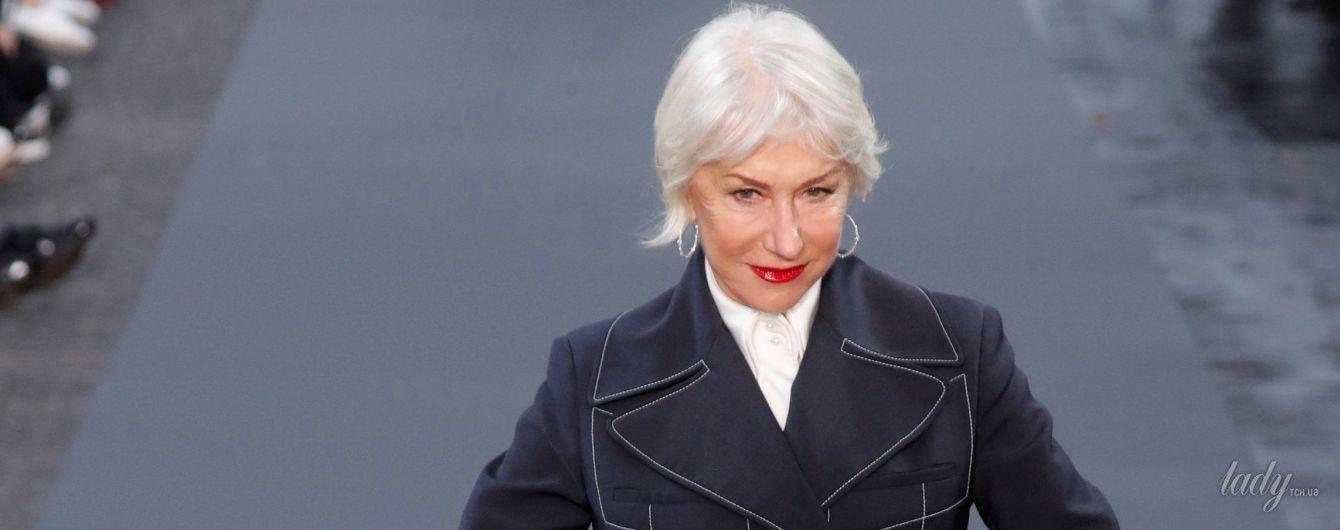 Затмила Ирину Шейк: 72-летняя Хелен Миррен вышла на подиум в Париже