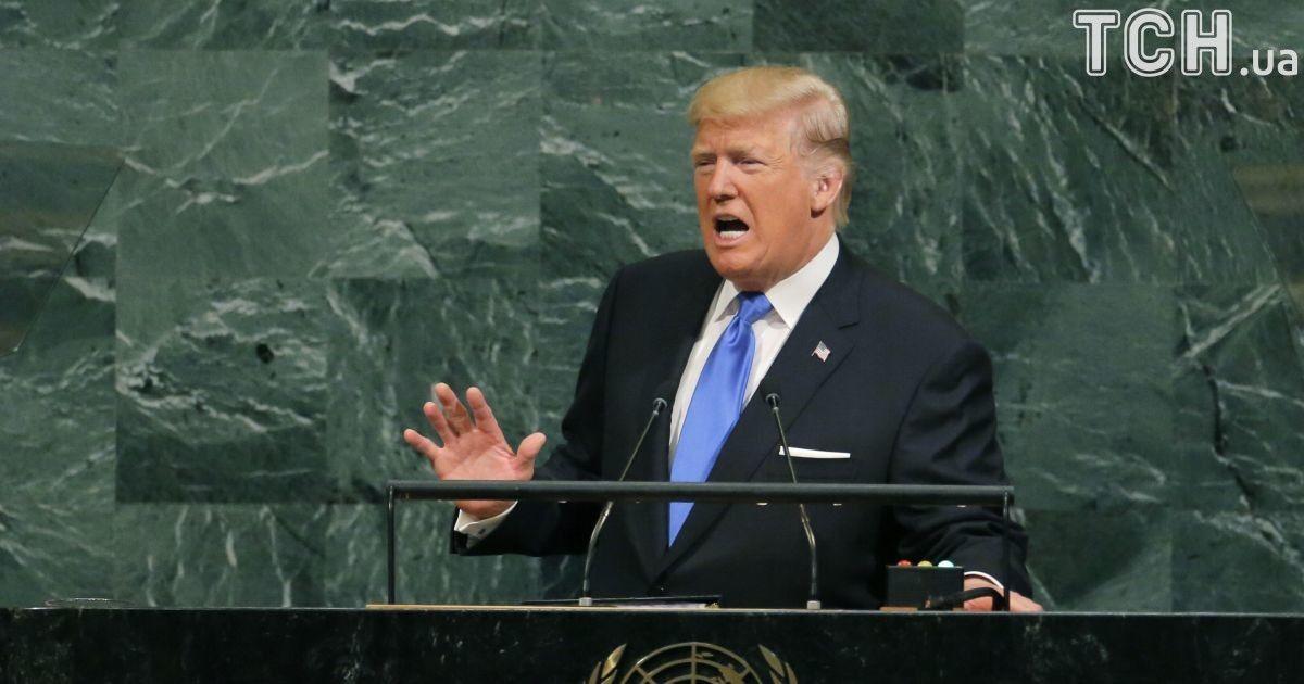 Санкции продолжаются: Трамп запретил гражданам восьми стран въезд в США
