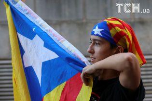 Каталонським сепаратистам допомагає армія тролів, яка фінансується російським урядом – ЗМІ