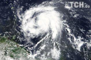 """Острів Домініка був спустошений ураганом """"Марія"""""""