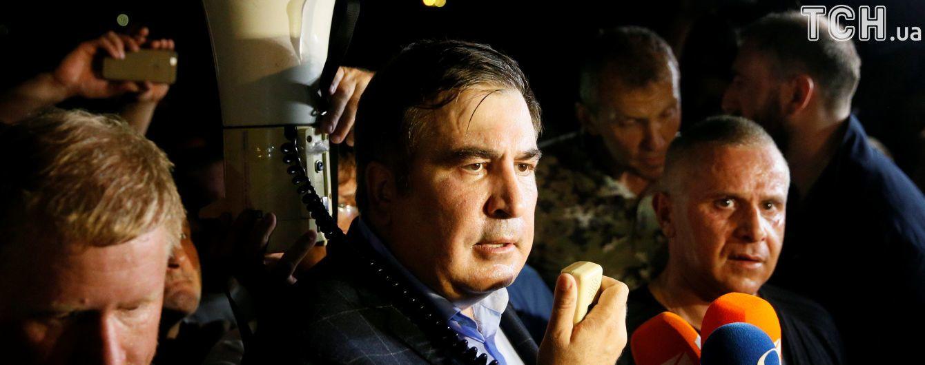 Львовская ночь Саакашвили: вечерний вояж по городу, где сейчас находится политик и какие его планы