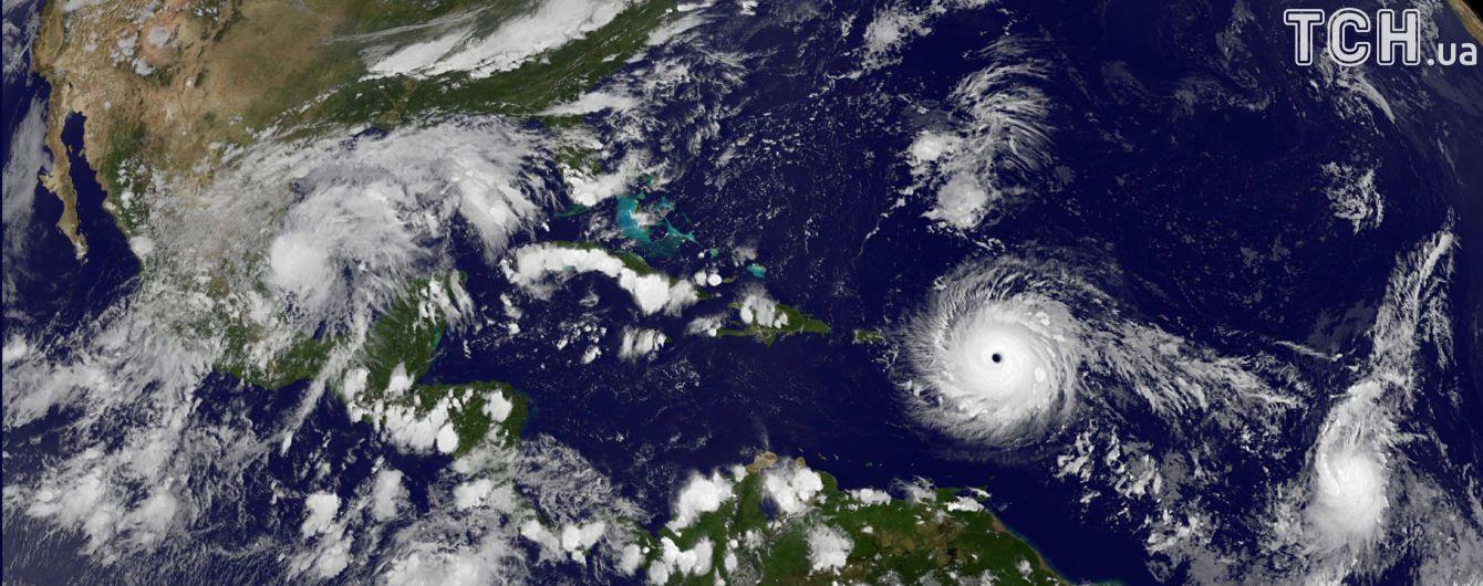 """В США началась эвакуация из-за урагана """"Ирма"""""""