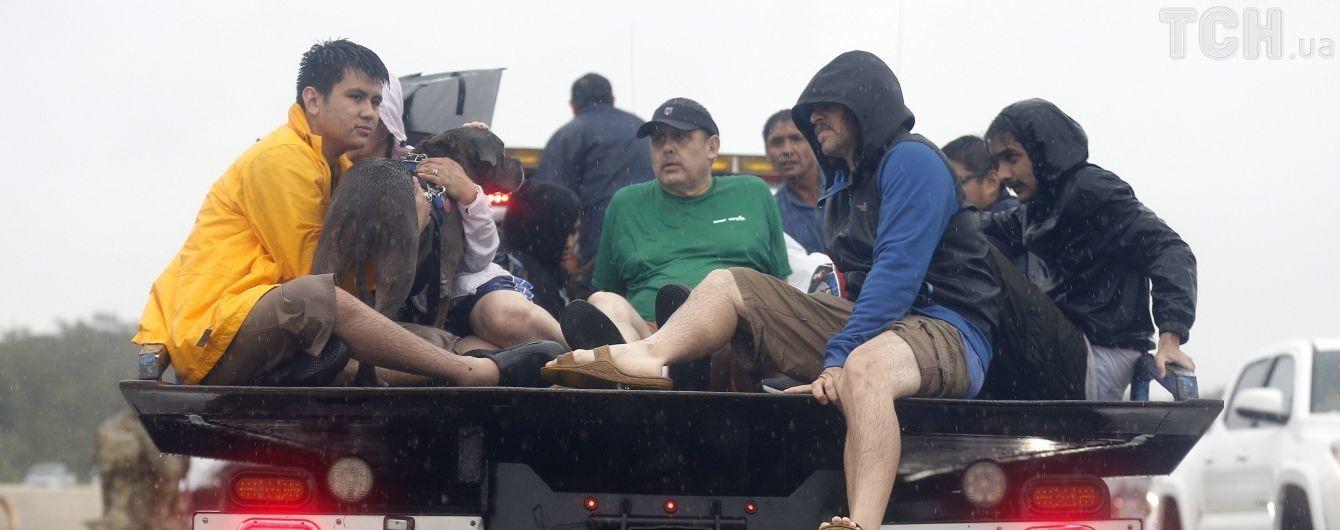 Ураган десятилетия: в Хьюстоне из-за мародеров ввели комендантский час