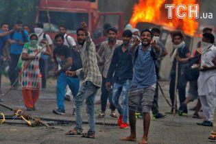 В Индии вспыхнули кровавые протесты сторонников насильника-лидера секты