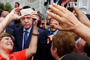 У Туреччині введуть дрес-код для підозрюваних заколотників - Ердоган