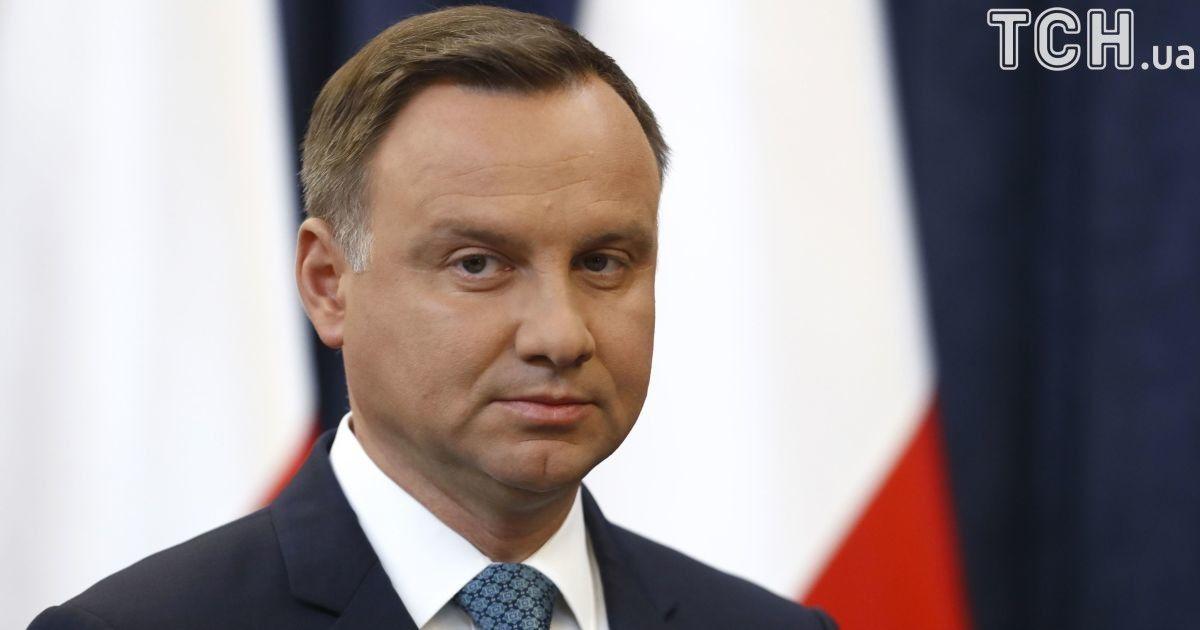 """Дуда проанализирует скандальный закон о наказании для тех, кто отрицает """"преступления"""" украинских националистов"""