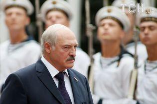 """""""Кому-то в России неймется"""". Лукашенко возмутился """"приватизацией"""" победы во Второй мировой"""