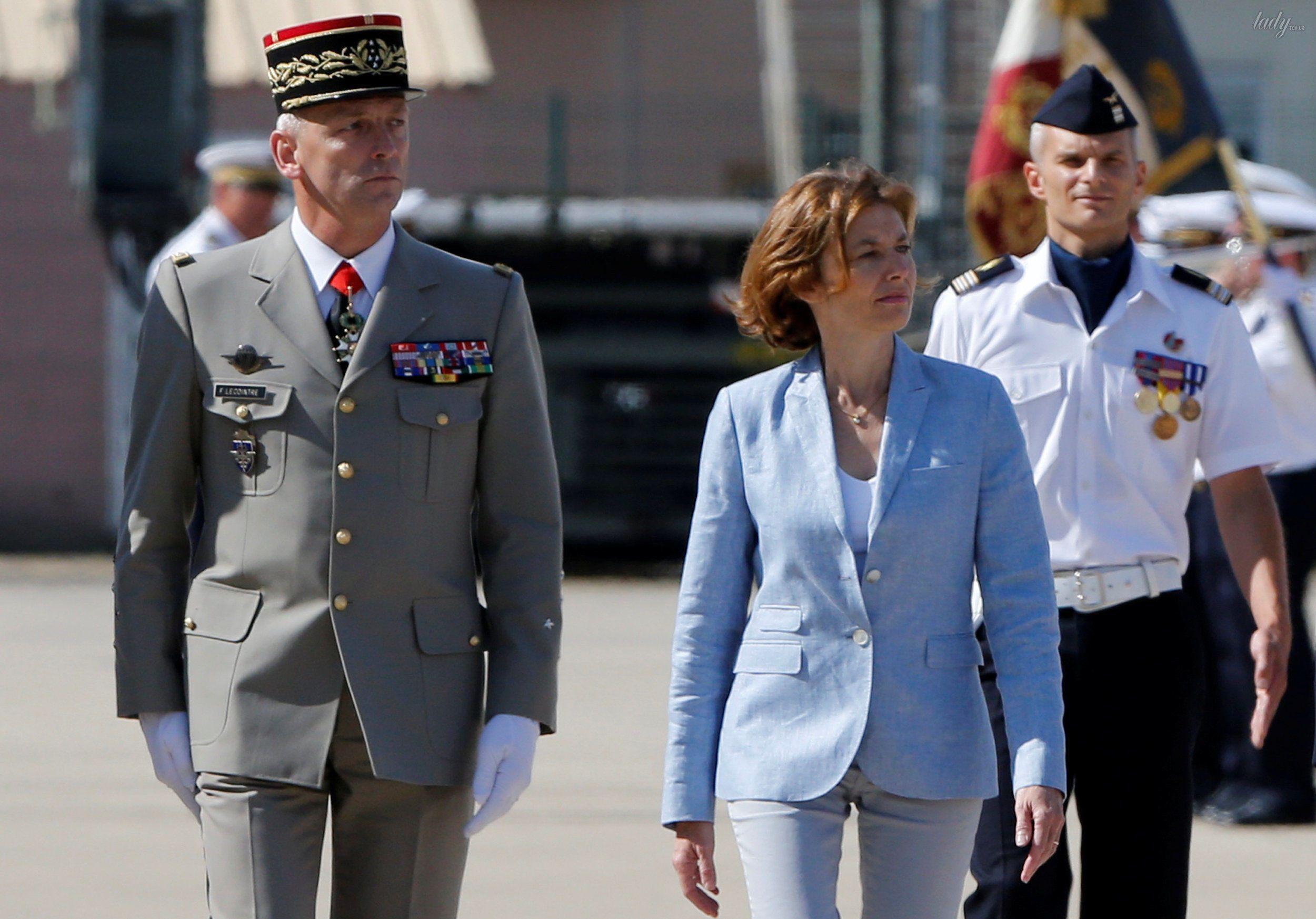 Министр Вооруженных сил Франции Флоранс Парли_6