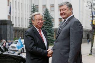 Стало відомо, про що Порошенко телефоном говорив з генсеком ООН