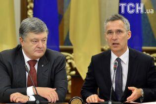 Порошенко вскоре встретится с генсеком НАТО