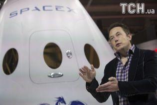 Маск представил космический корабль, который разрушит монополию России