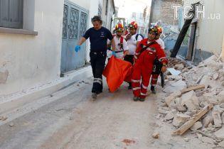 В результате мощного землетрясения на острове Лесбос погибла женщина