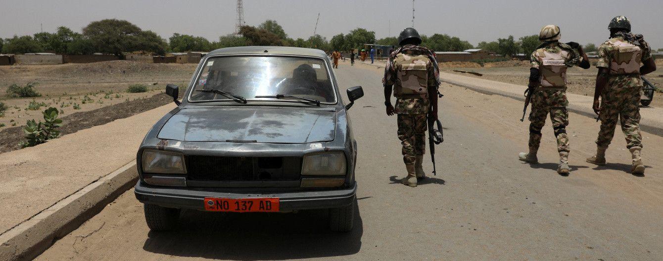 В Камеруне из школы похитили около 80 детей - СМИ
