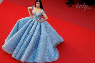 Из королев – в актрисы: звезды, начавшие свою карьеру с конкурсов красоты